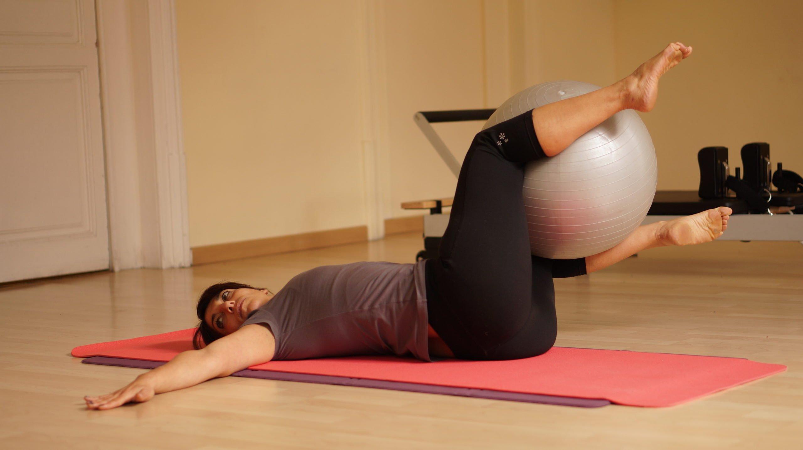 Pilates reduces siatica pain - small groups or pricvate cclasses